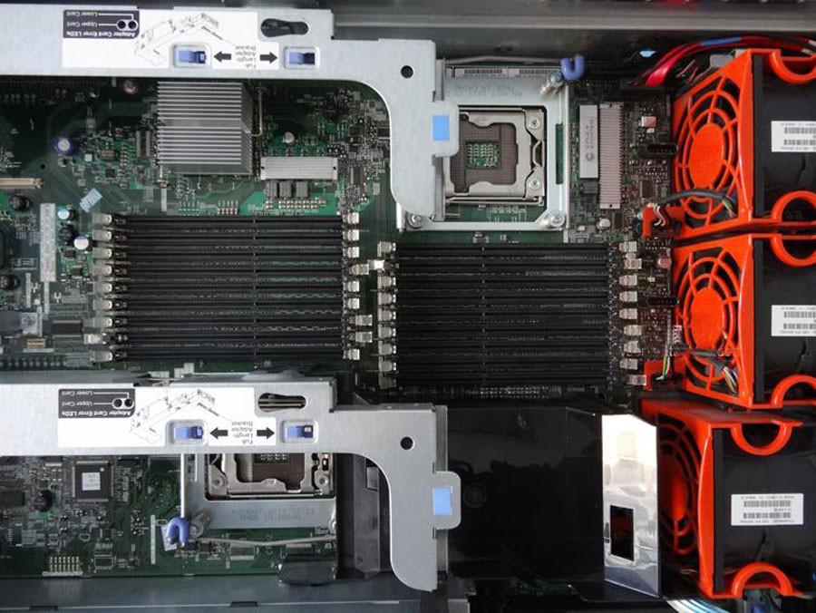máy chủ server IBM X3650 M3 2u hdd 2.5 inch